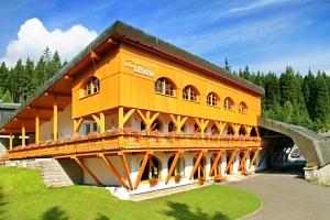 Špindlerův Mlýn v Hotelu Lesana *** s polopenzí, bohatým wellness a lanovkou...