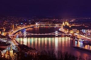 Hotel Belvedere**** v Budapešti 1 zastávku metrom od centra...