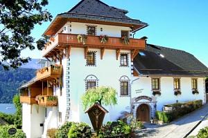 Rakousko v romantickém Hotelu Staudacher Hof *** u jezera se snídaněmi...