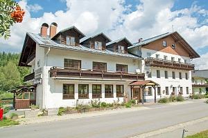 Šumava v hotelu v Bavorské Rudě se saunou a polopenzí + varianty přes Velikonoce...