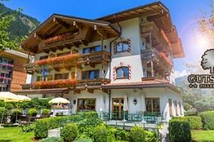 Leto pro dva v Rakouských Alpách v 4* hotelu s polopenzí, wellness...