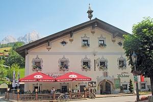 Rakouské Alpy v hotelu na jaře i v létě s polopenzí, obědovou polévkou a odpoledním zákuskem +…...