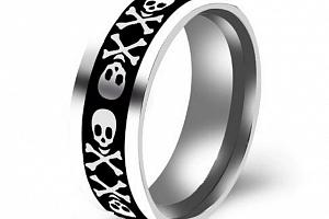 Prsten z chirurgické oceli s lebkou- PIRÁT -stříbrný SR136 Velikost: 10...