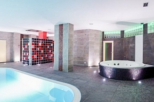 Brno v Hotelu Fontána *** u přehrady s polopenzí, wellness a půjčením kol...