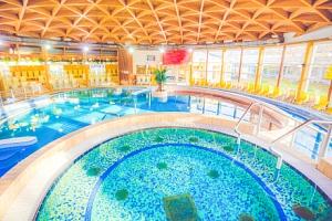 Bük: Hunguest Hotel Répce GOLD **** s polopenzí, wellness a vstupem do termálů...