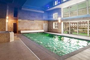 Léto v Hotelu Lions na Rakovnicku s polopenzí a neomezeným wellness...