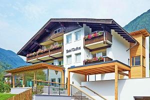Tyrolsko: Zillertálské Alpy v hotelu s neomezeným wellness, bazénem a snídaní...