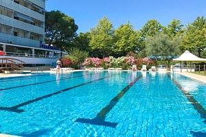 Itálie na 6 dní v Aparthotelu Albatros *** 450 m od moře se snídaní a bazénem...