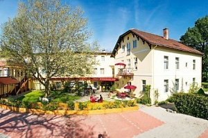 Rakouské Alpy: Hotel Payerbacherhof ***+ s polopenzí a neomezeným wellness...