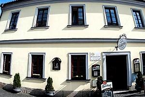 Wellness pobyt v 4*Hotelu Galerie pro dva, polopenze, relaxace v Lázních Aurora a lahev vína....