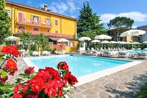 Lago di Garda na 4 a 6 dní v La Quiete Park Hotelu *** s polopenzí a bazénem...