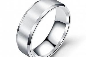 Prsten z broušeného titanu ve stříbrném provedení SR154 Velikost: 10...
