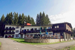 Beskydy v Hotelu Bečva s polopenzí, tenisovým kurtem, hřištěm a ohništěm...