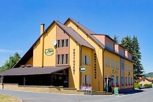 Český les v Rekreačním středisku Rybník s polopenzí, bowlingem a půjčením kol...