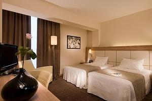Miláno pohodlně z hotelu DoubleTree ze sítě hotelů Hilton ****...