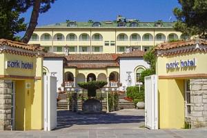 Itálie na 8 dní v Park Hotelu Ravenna **** u pláže se snídaní a bazénem...
