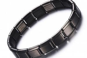 Černý náramek z chirurgické oceli SSB113...