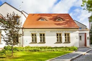Bellevue Hotel Karlov **** Benešov s polopenzí, saunou a vstupem na zámek...