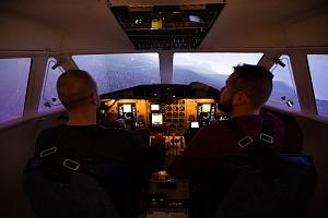 Letecký simulátor: let v dopravním letounu L410...