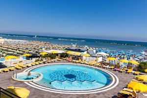 Itálie: Hotel David *** na 6 dní s plnou penzí a bazénem jen pár kroků od moře...