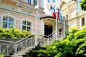 Wellness pobyt s polopenzí v Karlových Varech pro 2 osoby na 8 dní ve 4* hotelu Eliška....