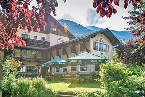 Rakousko: Národní park Vysoké Taury v hotelu s polopenzí a neomezeným wellness...