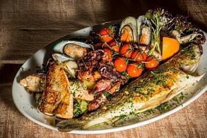 30% sleva na veškerá jídla v balkánské restauraci Singidunum...