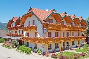 Rakousko – Korutany v létě v hotelu obklopeném horami i jezery + polopenze...