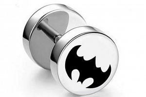 Náušnice z chirurgické oceli - motiv Batman Barva: Světlé pozadí...
