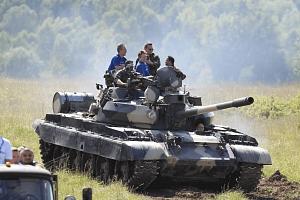 Jízda tankem T-55 nebo T-72...