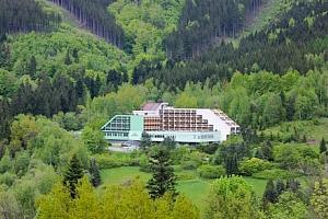 Beskydy v oblíbeném Hotelu Petr Bezruč *** s polopenzí, bazénem a slevami...