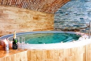 Vysočina: relax v Hotelu Sněžné *** s polopenzí a vstupem do wellness...