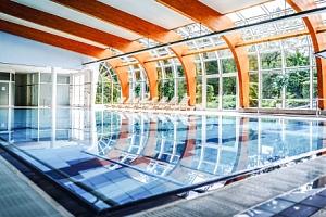 Filmový festival Karlovy Vary: Spa Resort Sanssouci **** se snídaní a wellness...
