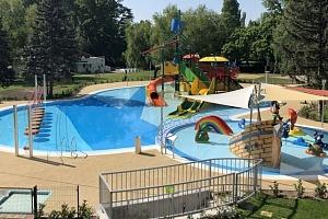 Léto na Balatonu s vlastní pláží, all inclusive a wellness bez omezení...