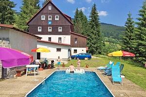 Krkonoše: Léto v Dolních Mísečkách v hotelu s bazénem a polopenzí...