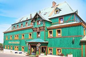 Krušné hory – Boží Dar v hotelu s polopenzí a zapůjčením holí na Nordic walking...