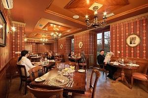 Privátní wellness a degustační menu na zámku...