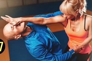 Sebeobrana pro ženy: 4 lekce + bonus: 2 lekce fitness a jídelníček...