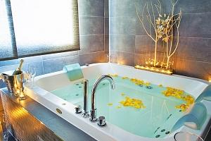 Beskydy v hotelu ve Valašském Meziříčí s bohatým wellness a snídaní, přes víkend...