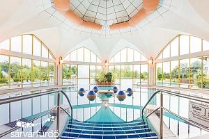 Sárvár v zámeckém hotelu s celodenním vstupem do lázní a polopenzí + platnost až do května 2020...