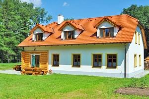Střední Čechy na zážitkové farmě se snídaní a možností péče o zvířata + dle varianty 2 děti do 14,9…...