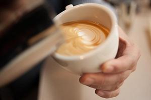 Celodenní kurz latte art...