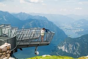 Rakouské Alpy: léto v Hotelu Alpenrose *** s polopenzí, saunami a vláčkem...