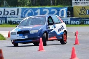 Kurz sportovní jízdy na autodromu u České Lípy...
