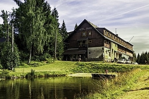 Jizerské hory v hotelu Maxov s polopenzí a saunou...