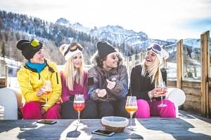 Šumava v obležení skiareálů aktivně v Hotelu Stella *** s polopenzí a wellness...