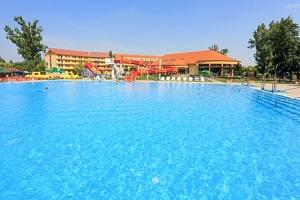 Léto ve Wellness Hotelu Patince ****: termální wellness i koupaliště, polopenze...