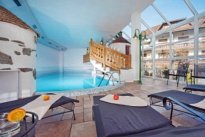 Italské Tyrolsko: pohoří Riesenferer a Alpy v hotelu s neomezeným wellness, vínem a polopenzí...