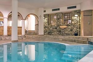Jižní Tyrolsko v hotelu s neomezeným wellness, kuponem na procedury a polopenzí...