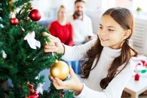 Umělý vánoční stromek se stojánkem o výšce 120 cm...